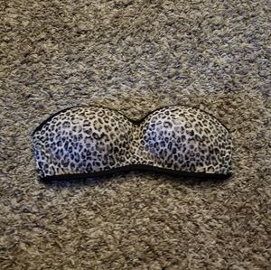 VS Pink Strapless Leopard Print Bra